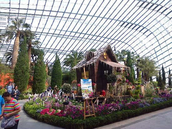 Garden By The Bay Flower Dome gardensthe bay-flower dome - picture of flower dome, singapore