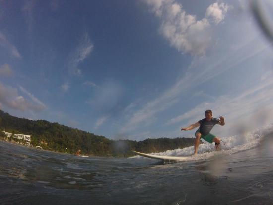 Tortuga Surf School: hitting it