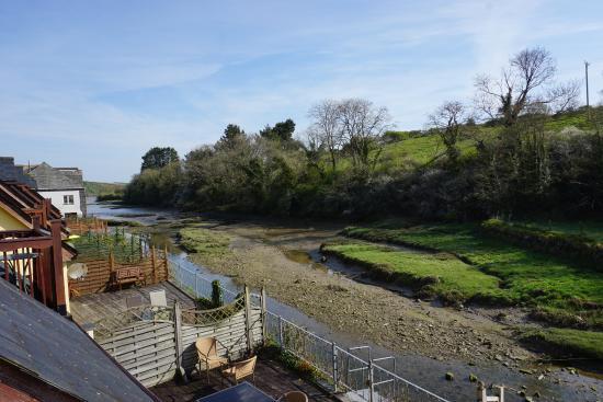 Little Petherick, UK: Low tide