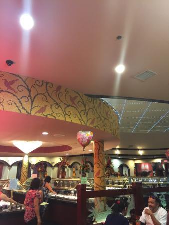 Lin's Buffet & Grill
