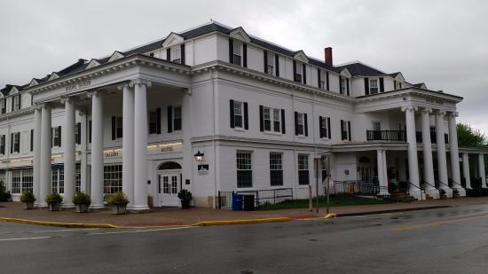 Boone Tavern Hotel Berea Kentucky