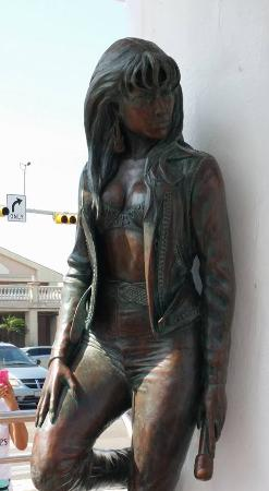 Yachting Center of Corpus Christi: Selena Quintanilla-Pérez memorial