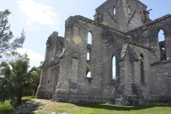 Unfinished Cathedral: Unfinished Church - side view