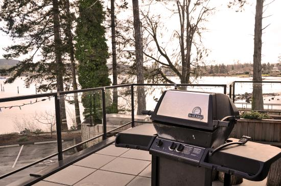 Sooke Harbour Resort and Marina: 4 Bedroom Penthouse Balcony