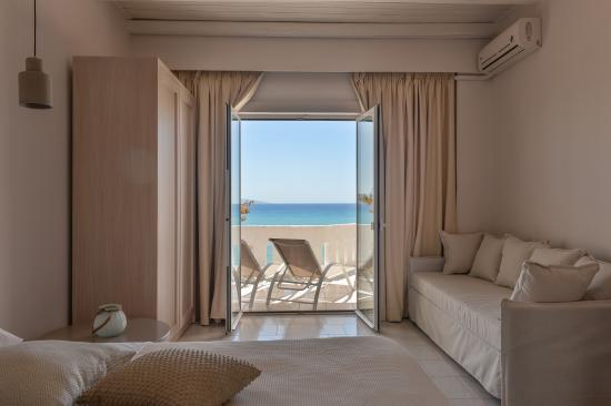 Stochos Apartments : STOCHOS STUDIOS AG GALINI BEACH