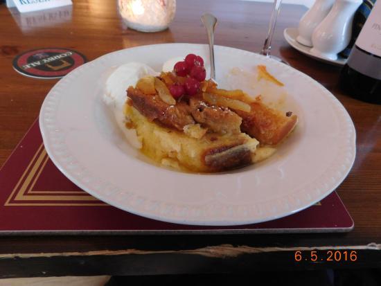 Braithwaite, UK: Bread and butter pudding