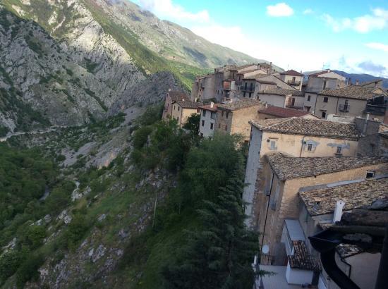 Borgo di Castrovalva照片