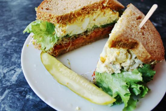 Ceres Bakery: Egg salad w/ lettuce, tomato, honey mustard, sprouts. On homemade anadama bread.