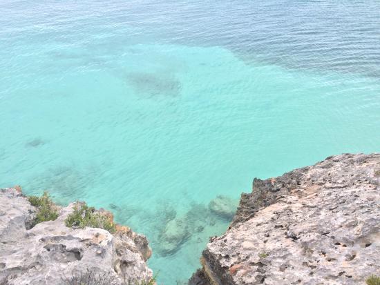 Sapodilla Bay: vista desde las rocas
