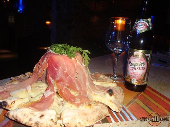 Filadelfia, Italia: Pizza Cascata San Daniele