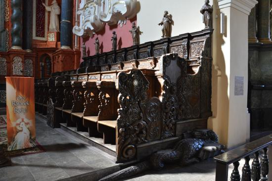 Franciscan Church: The choir stalls