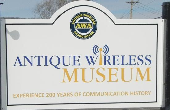 Bloomfield, Nova York: Antique Wireless Museum Sign