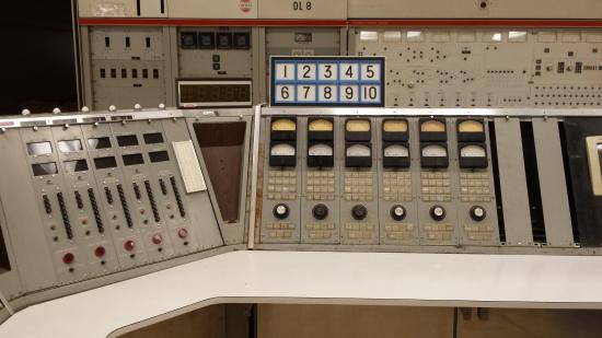 Bloomfield, estado de Nueva York: Voice of America Exhibit Station Console