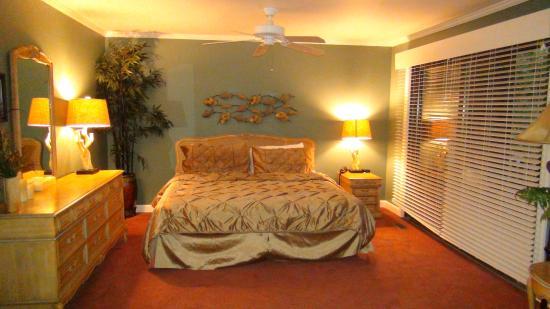Mountain Harbor Resort: my lower level suite