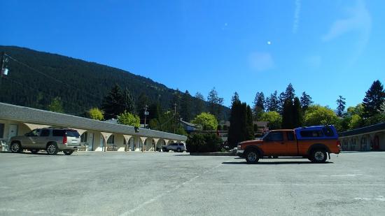 เครสตัน, แคนาดา: Parking