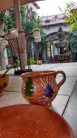 Hotel Las Mariposas: en las mesas para relax o desayuno me encanto