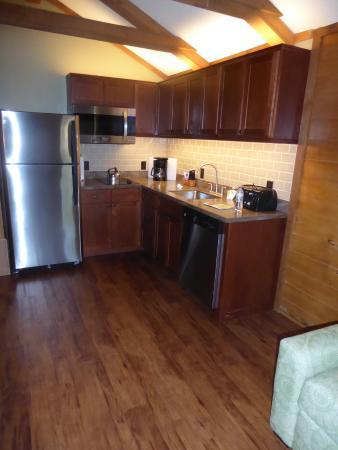 The Cabins At Disneyu0027s Fort Wilderness Resort: Renovated Kitchen