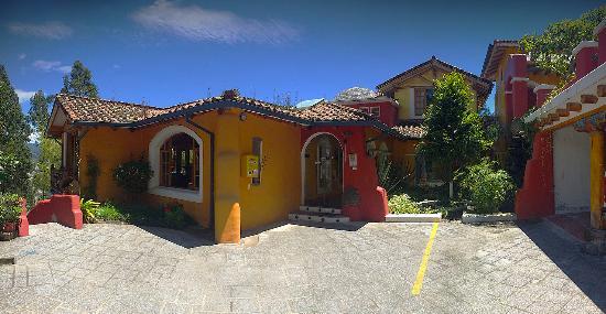 La Casa Sol Otavalo: lcs otavalo entada principal