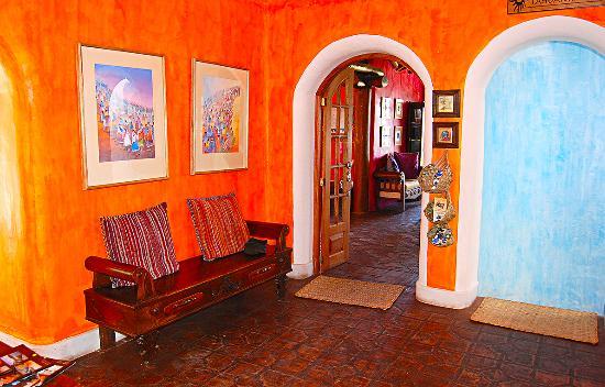 La Casa Sol Otavalo: lcs otavalo sala recepcion