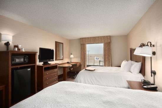 Hampton Inn Sheridan: Queen Beds Guestroom