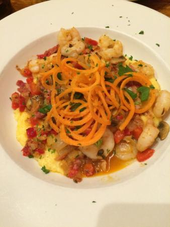 Clawson's 1905 Restaurant : Shrimp and grits were fantastic!