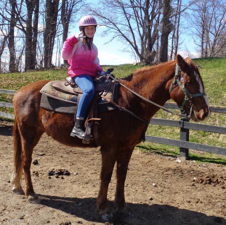 Kerhonkson, NY: Horseback riding!