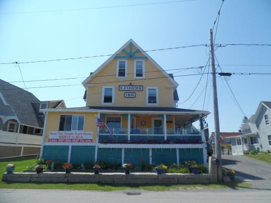 Katahdin Inn on the Beach: Front of the inn