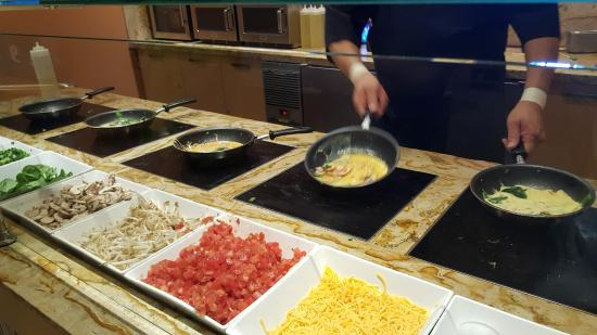 best omlettes made to order check out the 5 burners cooking all at rh tripadvisor com