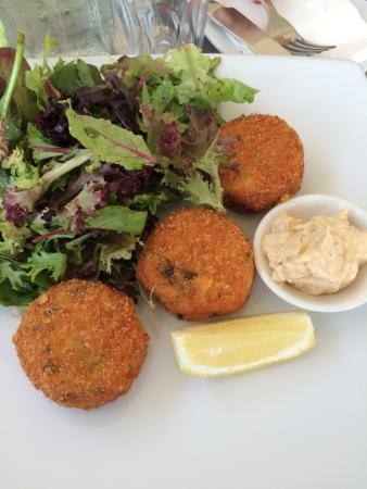Majors Lane: Smoked salmon fish cakes
