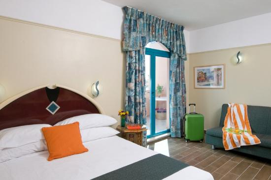 U Sunrise Club Eilat All Inclusive : room