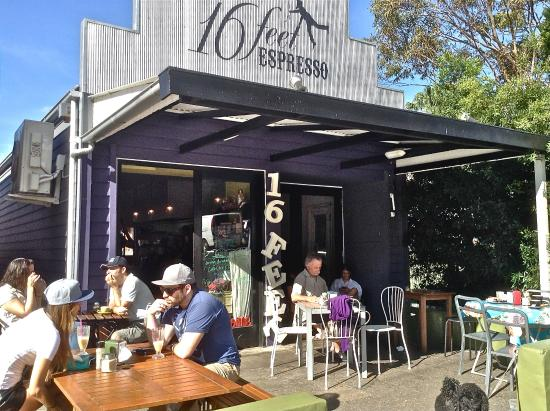16 Feet Expresso: Stanwell Park
