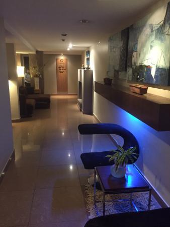 LeGallery Suites Hotel : Ist Floor Hallway going to Studio Rooms