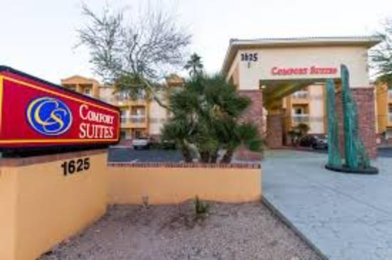 Comfort Suites Airport Phoenix: Awesome Hotel