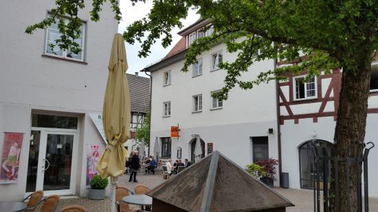 Biberach, เยอรมนี: Die leisere Seite um draußen zu sitzen