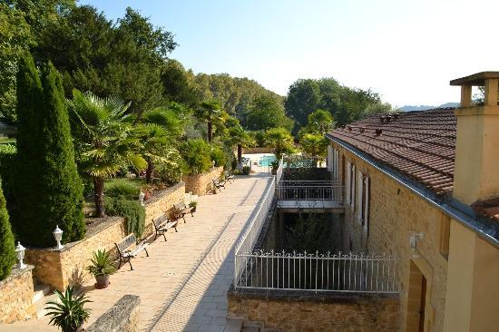 Lalinde, Frankreich: Zij-aanzicht oude wijnpakhuis