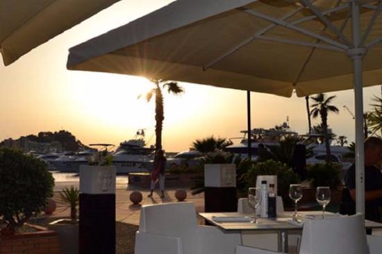 Sharme Restaurant Lounge bar