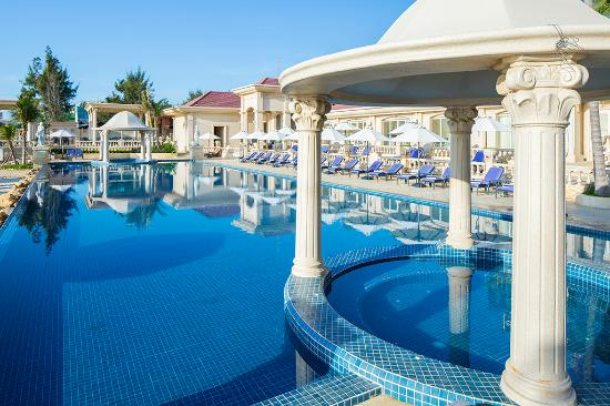 The Imperial Hotel Vung Tau Beach Club 3