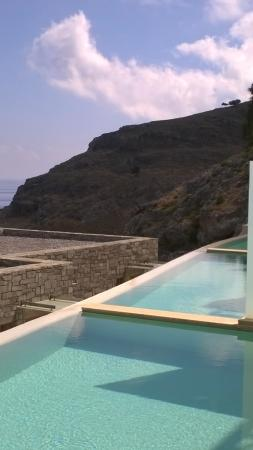 Lindos Blu: private pools
