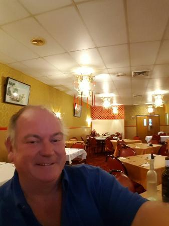 Mandarin Palace Chinese Restaurant: 20160511_210435_large.jpg