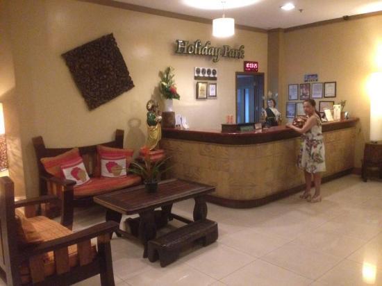 Holiday Park Hotel: Reception