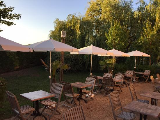 Campanile Montauban : terrasse
