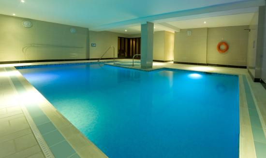 Swimming Pool Comparison : Hotel collingwood updated reviews price