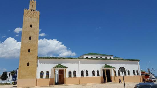 Nador, Marocco: Mosque Mohamed V