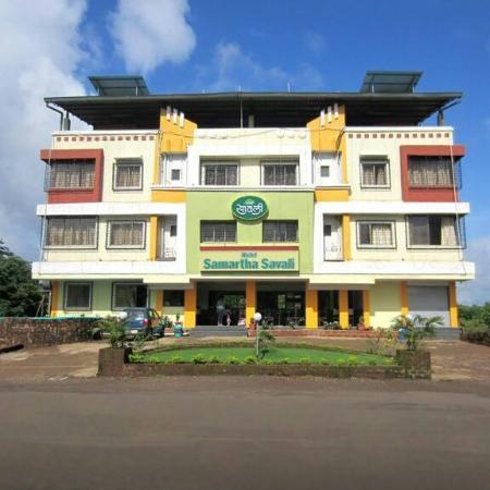 Hotel Samartha Savali