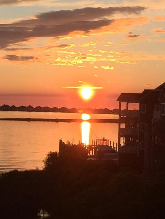 The Burrus House Inn: Watching the sun rise over the Sound