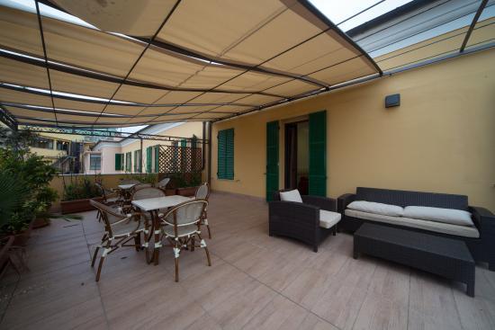suite con terrazza - Picture of Hotel Globo & Suite Sanremo, Sanremo ...