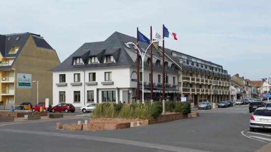 Hotel Restaurant La Chipaudiere Photo