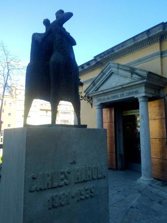 Monumento a Carles Rahola