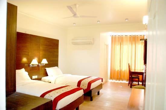 66 Residency: Deluxe Room