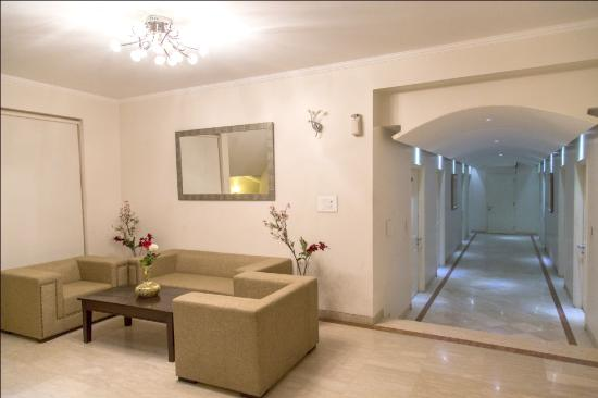 66 Residency: Lobby